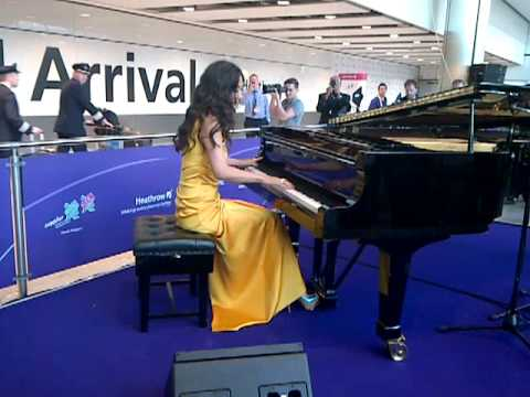 Myleene Klass Playing Olympics Heathrow Terminal 5 Youtube