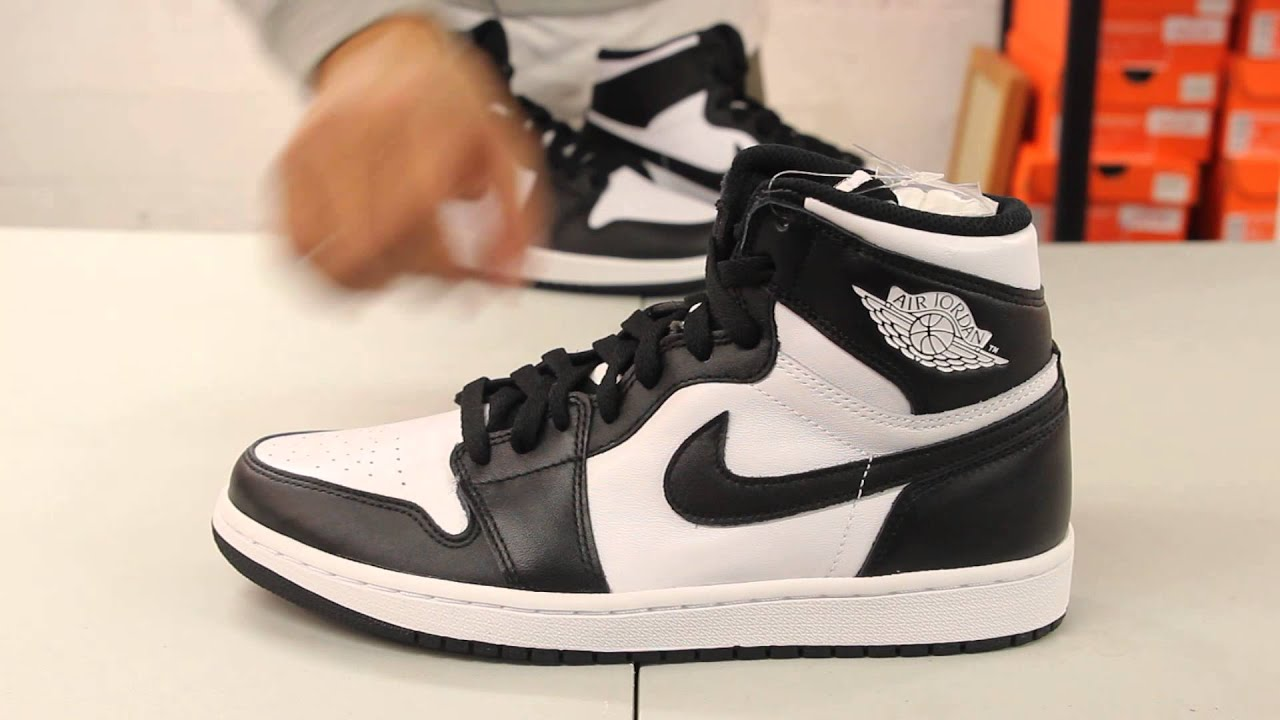 "White Retro: Air Jordan 1 Retro High OG ""Black/ White"" Unboxing Video"
