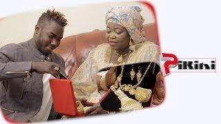 Spécial 8 Mars: Pama offre un bijou en or à sa maman
