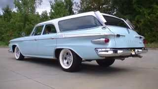 134915 / 1961 Plymouth Suburban Sport