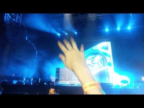 future music festival perth 2014 Hardwell vs Martin garrix animals