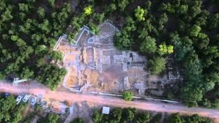 Brief aerial video of Tel Kabri, 2015