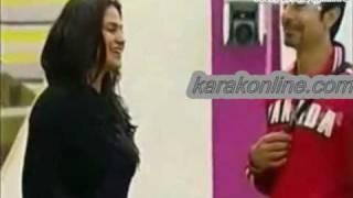 Veena Malik Bollywood movies k janne k lie massag b ker sakte hai www.karakonline.com.mpg