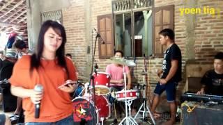 Video Bukit berbunga [lagu baru]-new MAHKOTA-Dangdut latihan download MP3, 3GP, MP4, WEBM, AVI, FLV Agustus 2017