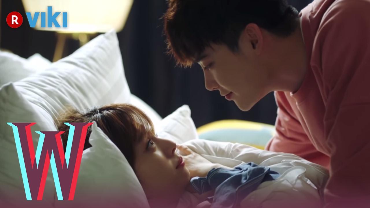 W - EP 7 | Lee Jong Suk & Han Hyo Joo Cuddling in Bed | Korean Drama