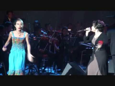 Live Okestra Kau Kunci Cintaku Di Dalam Hatimu(Ramlah Ram & Ziana Zain Clone)