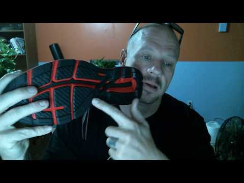 unboxing-asics-men's-gt-2000-7-running-shoes