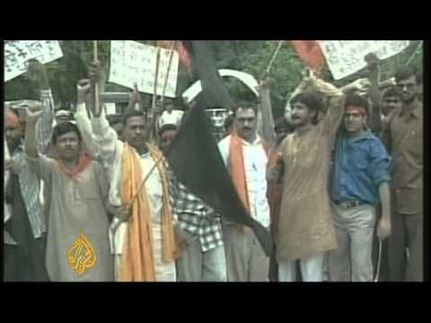 Hindu nationalist leader Bal Thackeray dies