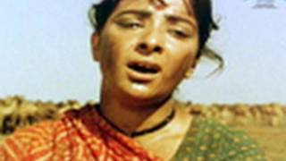 Nagari Nagari Dware Dware (Video Song) - Mother India