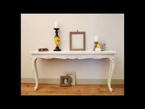 столик-консоль в интерьере