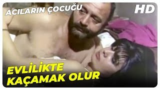 Acıların Çocuğu - Emrah, Eniştesini İş Üstünde Rahatsız Etti  Küçük Emrah Eski Türk Filmi