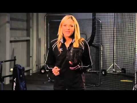 Mizuno Tuesday Tips with Jennie Finch  Mental Toughness