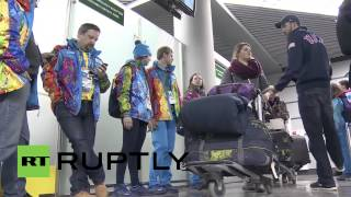 Repeat youtube video Russia: US Olympic athletes arrive in Sochi