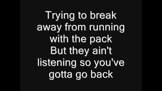 Iron Maiden - Weekend Warrior Lyrics