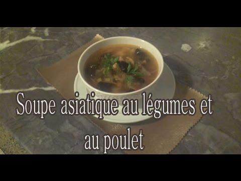 soupe-asiatique-au-légumes-et-au-poulet