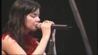 Bjork Vespertine Tour Japan 05 12 2001