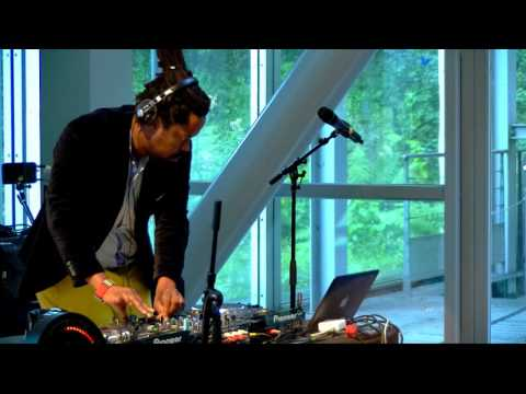 Mo Laudi DJ Set | Pan African Space Station, radio éphémère - septembre 2015