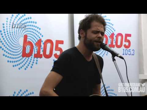 Passenger Covers Taylor Swift's 'Goat' Song