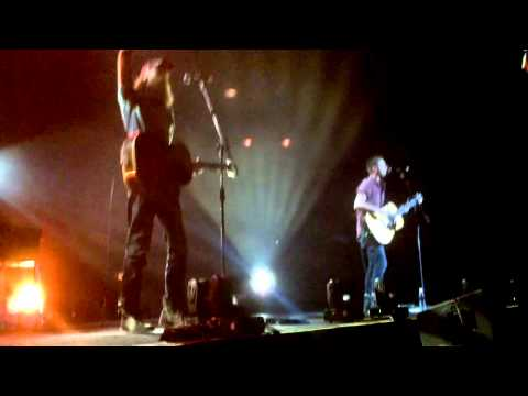 Burning in my soul by Brett Younker live in Manila - Passion 2014