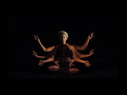 Leah Vee - AUM [Official Music Video]
