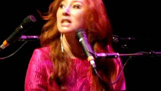 Tori Amos Eindhoven Oct 15th -Mother