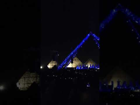 Red Hot Chili Peppers perform the PYRAMID SONG by Radiohead @ Pyramids of Giza 15th March 2019 Egypt
