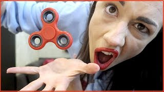 Video EPIC FIDGET SPINNER TRICKS! download MP3, 3GP, MP4, WEBM, AVI, FLV Juni 2017