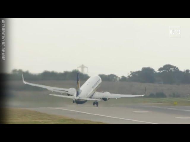 Birmingham, venti a 160 km/h: il decollo è da brividi