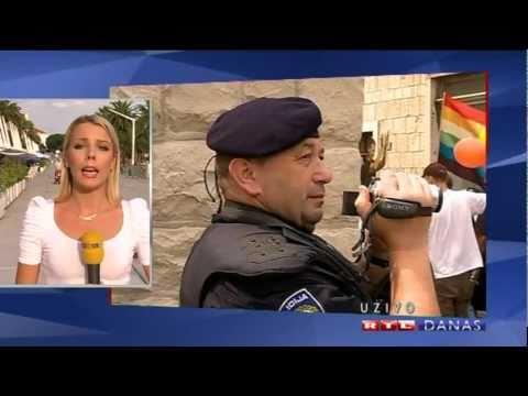 Gay Pride Split Homophobes Attack (RTL)