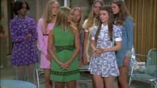 "Peter Brady ""Erupts"" on Marcia and her Friends"