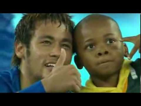 Little kid invades Field And he hugs Neymar South Africa Brazil 0 x 5 05 03 2014