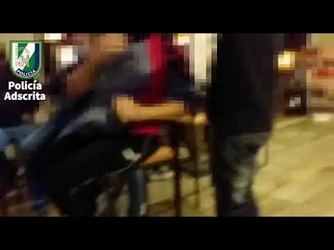 Desalojo de un bar en La Rambla con 90 personas en su interior