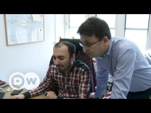 Azerbaijan needs independent media, says opposition   DW English