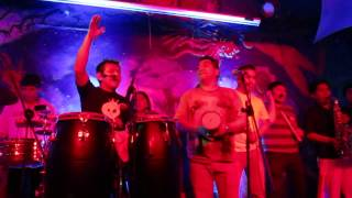 Pueblo Andino  Mi Pequeñita  Ukukus Bar Cusco 27/02/15