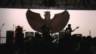 Nocturnal Kudeta - Sajak berontak & Poisoned Servant Live at JNM.mp4