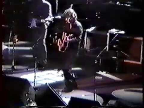 George Harrison & Eric Clapton at Osaka Castle Hall on 12-10-91 part 2