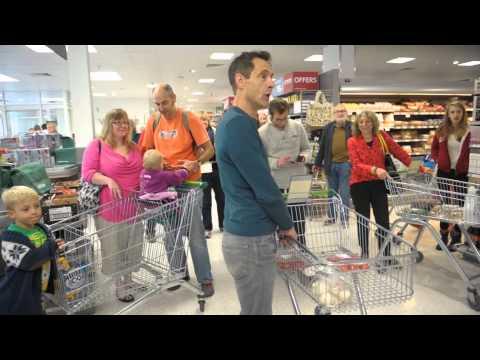 Choral flash mob surprise Saxmundham Shoppers