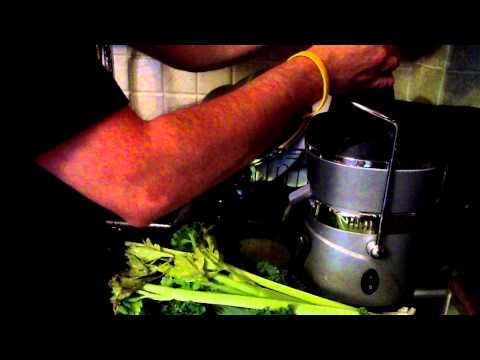 Green Juice Recipe using the Jack Lalanne Power Juicer