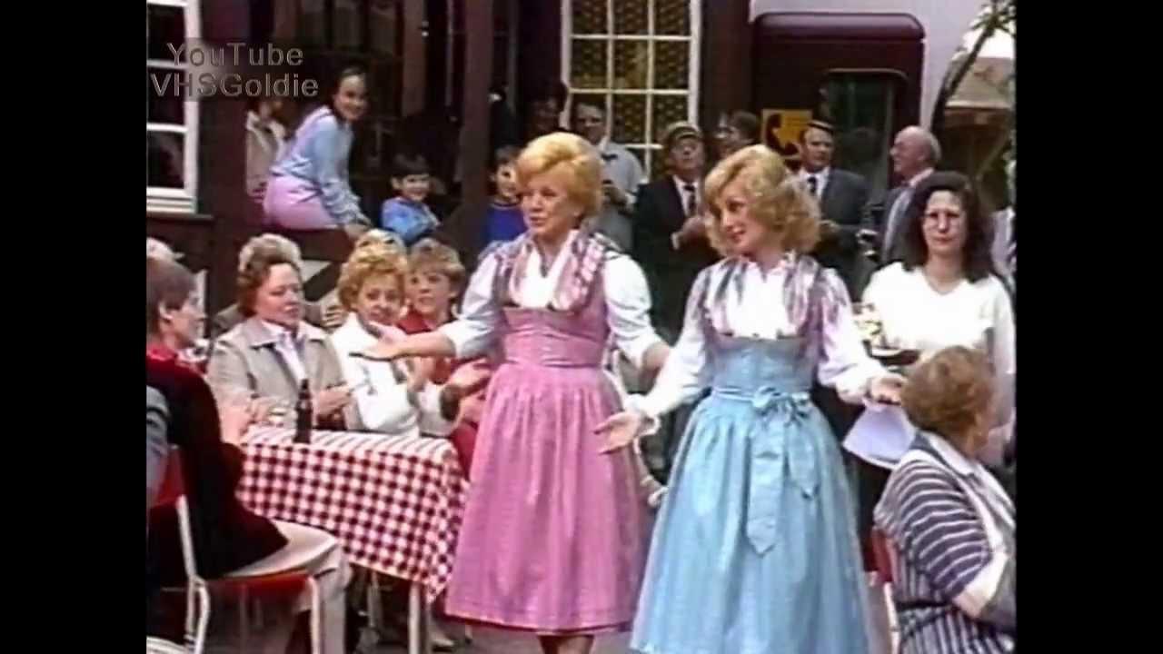 foto de Maria & Margot Hellwig Volkslieder Medley 1989 YouTube