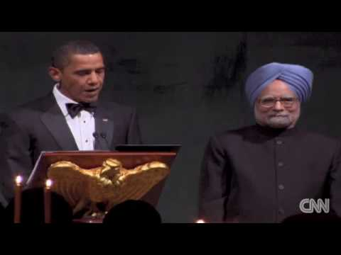 President Obama makes a toast at the state dinner PM Manmohan Singh