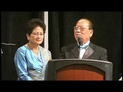 Dr. Yang Dao honored by hundreds of friends