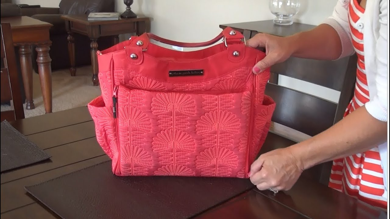 Petunia Picklebottom City Carryall Diaper Bag Review - YouTube 61a5280dc4779