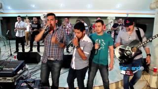 Los Mayitos De Sinaloa Ft. Punto Medio Popteño Banda - Menti (En Vivo 2014)