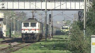 BLAZING BAZOOKA : 25 Coaches Longest SuperFast Train Of Indian Railways : Legendary KALKA MAIL:WAP-7