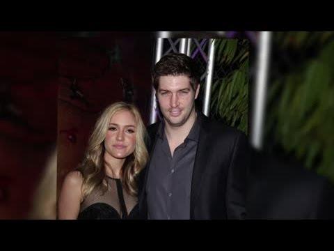 How Hands On Was Jay Cutler During Kristin Cavallari's Child Birth? - Splash News   Splash News TV