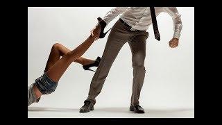 Как затащить девушку в койку?