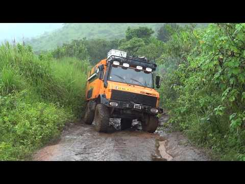 Africa Tour - Cameroon / UNIMOG
