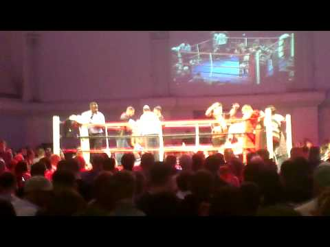 Lorenzo aceto kickboxing Bedford