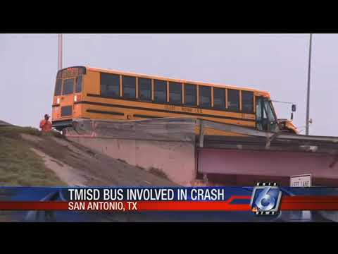 18-wheeler collides with Tuloso-Midway ISD school bus in San Antonio
