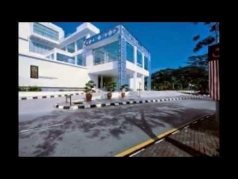 Islamic Arts Museum Malaysia - Tourist Attractions in Malaysia